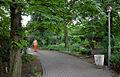 Die Gemeinde der Christengemeinschaft in Hannover, Ellernstraße 44 in 30175 Hannover-Zoo, wird auch durch ehrenamtliche Gartenpflege an der Michael-Kirche unterstützt.jpg