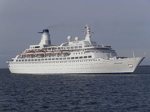 MV Discovery - Image: Discovery departing Tallinn 28 April 2014