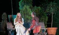 Don Juan en Alcalá (RPS 01-11-2014) escena de doña Inés y don Juan.png