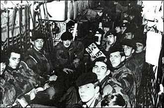 1st Parachute Battalion (Belgium) - Soldiers from 1st Parachute Battalion in C-130s before jumping on Simi-Simi Airport during ''Dragon Rouge'', November 1964
