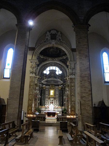 File Duomo Di Cesena Interno 02 Jpg Wikimedia Commons