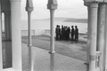 ETH-BIB-Gruppe auf Terrasse bei Oran-Nordafrikaflug 1932-LBS MH02-13-0118.tif