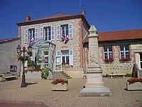 Ecole et mairie de Lezigneux.jpg
