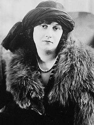 Elizabeth Bibesco - Elizabeth Bibesco, circa 1919