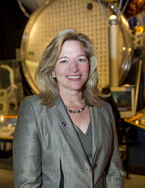 Ellen Stofan - Stofan in 2013 at the National Air and Space Museum event Close Encounters of the Planetary Minds