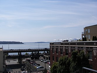 Elliott Bay from Union Street, Seattle 2.jpg