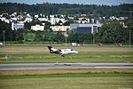 Embraer EMB-500 Phenom 100 - HB-JFK (ZRH) (19420360171).jpg