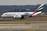 Emirates (Paris Saint-Germain Football Club livery), A6-EOT, Airbus A380-861 (24484025200).jpg