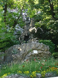 Equestrian statue of Philis de La Charce (Grenoble).jpg