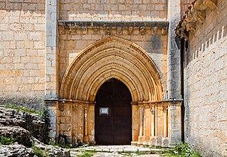 Ermita de San Bartolomé, Parque Natural del Cañón del Río Lobos, Soria, España, 2017-05-26, DD 09.jpg