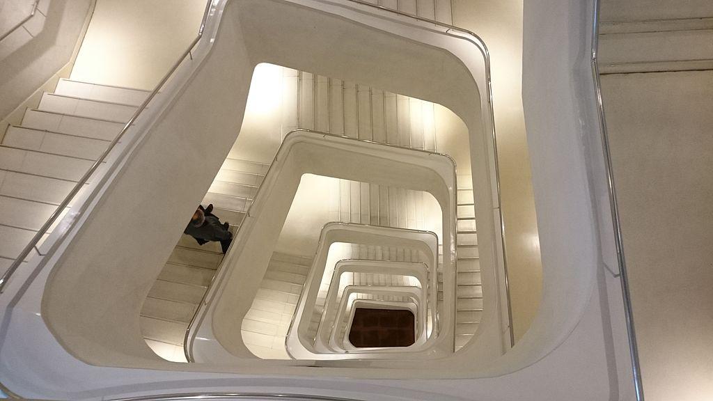 Escaleras del CaixaFórum (13 de diciembre de 2014, Madrid)