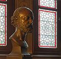 Eugène Viollet-le-Duc buste Hiolle Château de Pierrefonds Oise.jpg