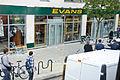 Evans Cycles in Chalk Farm, Camden, during 2011 riots.jpg