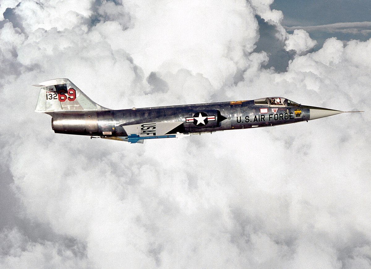 Lockheed F-104 Starfighter - Wikipedia