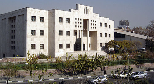 The state-of-the-art building for College of Engineering in Amir Abaad Campus Fanni1.jpg