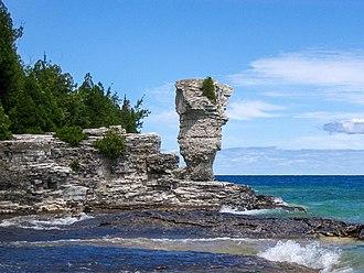 Fathom Five National Marine Park - Flowerpot Island