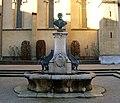 Fontaine buste Marmonnier.jpg