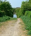 Footpath over Saddington Tunnel - geograph.org.uk - 417644.jpg