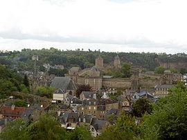 270px-Foug%C3%A8res_-_Bretagne%2C_France_07.jpg