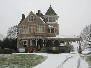 Sycamore, Illinois - Frederick B. Townsend House bed and breakfast (1892)