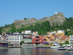 Fredriksten fortress Norway seen from Halden harbor.jpg