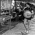 Girl shopping at the food market (20741063871).jpg