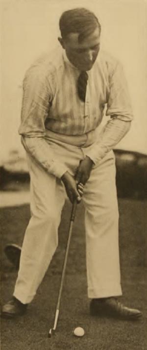 Peter O'Hara - Image: Golf professional Peter O'Hara (putting)
