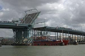 Göta älvbron - Image: Gotaalvbron brooppning