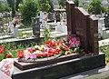 Grave Hoxha.jpg