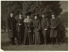 Group Portrait Of Men And Women, United States, 1904.jpg