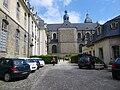 Hôtel de Blossac et la Basilique Saint-Sauveur à Rennes (35) - panoramio.jpg