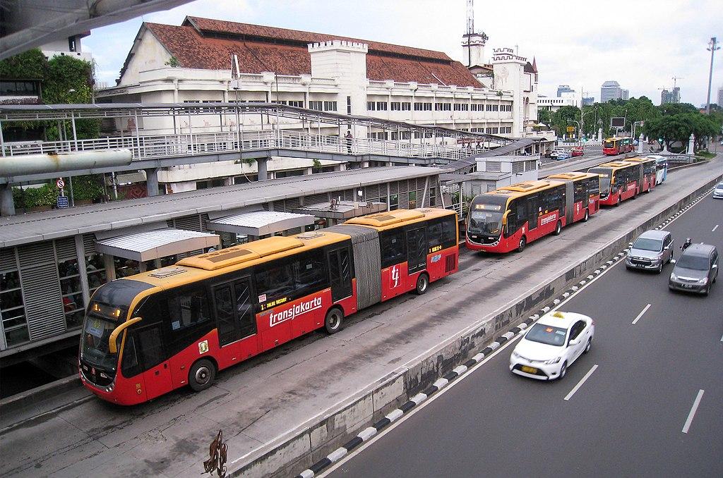 File Harmoni Central Busway Transjakarta 1 Jpg Wikimedia