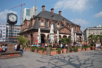 Hauptwache (Frankfurt am Main) - The former guard-house with a café (front side)