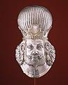 Head of a king MET 65.126.jpg