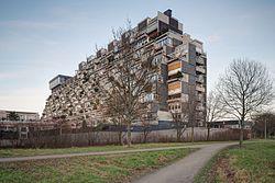 Highrise Terrassenhochhaus Davenstedt Hanover Germany 02.jpg