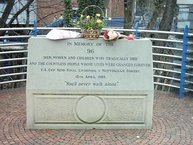 http://upload.wikimedia.org/wikipedia/commons/thumb/0/03/Hillsborough_Memorial.jpg/640px-Hillsborough_Memorial.jpg