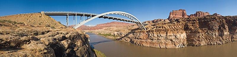 Puente sobre el río Colorado, en Estados Unidos.