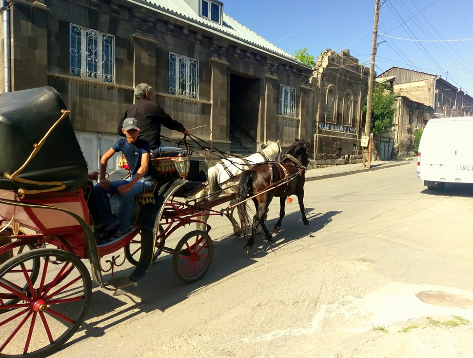 Horse-drawn carriage, Gorki Street, Gyumri, 08.07.2017