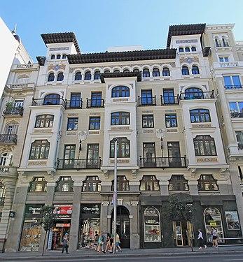 Hotel Catalonia Gran Vía (Madrid) 02.jpg