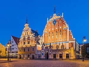 Vecrīga - Image: House of Blackheads at Dusk 3, Riga, Latvia Diliff