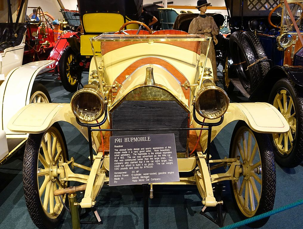 File hupmobile roadster 1911 made by hupp motor car co for Car carriage