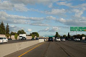 Interstate 880 - I-880 approaching CA-92 in Hayward