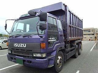 Isuzu 810 Motor vehicle