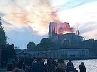 Incendie Notre Dame 21h00.jpg
