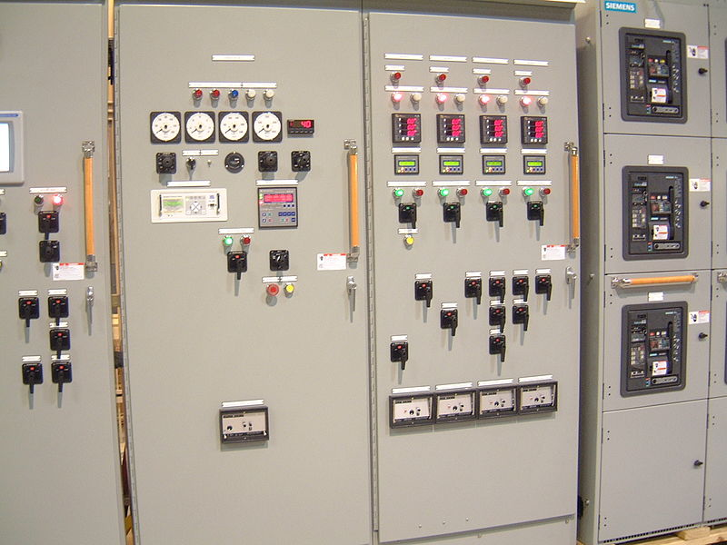 File:IndustrialSwitchgear.JPG
