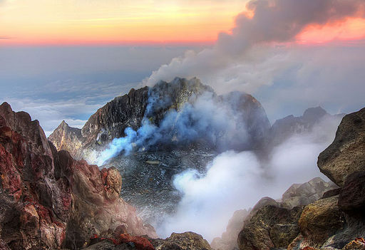 Inside an active volcano - Merapi (7756647556)