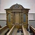 Interieur, Kloosterkerk, biechtstoel - 20000369 - RCE.jpg