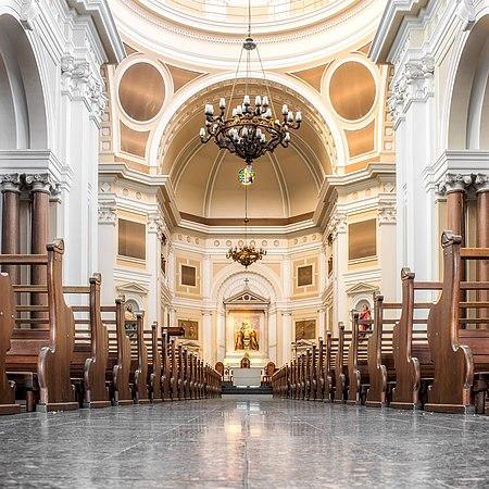 Interior da catedral Metropolitana de Porto Alegre.jpg