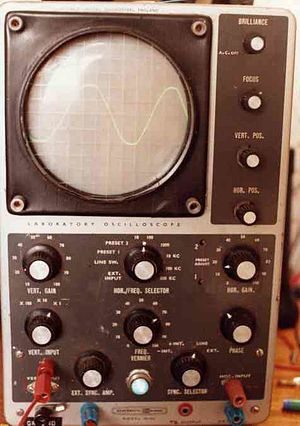 Heathkit - Heathkit IO12U oscilloscope built in 1967