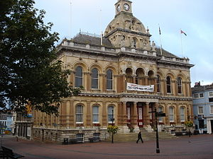 Bellamy and Hardy - Image: Ipswich Town Hall geograph.org.uk 667905